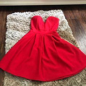 Windsor Red V Wire Strapless dress (S)